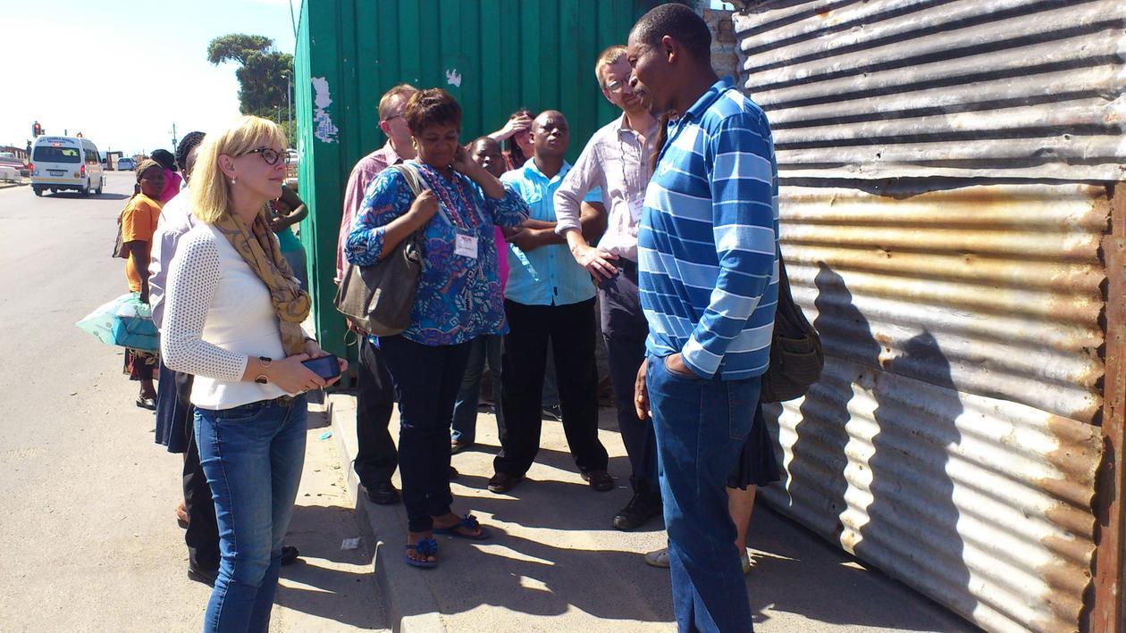 WUN participants - visit to Grave Pond