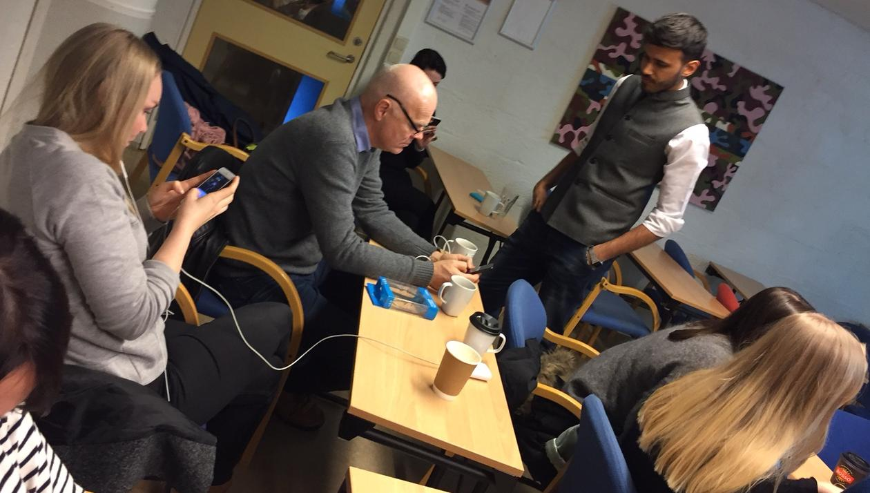 Workshop with mobile journalist Yusuf Omar at the University of Bergen in Norway in January 2017.
