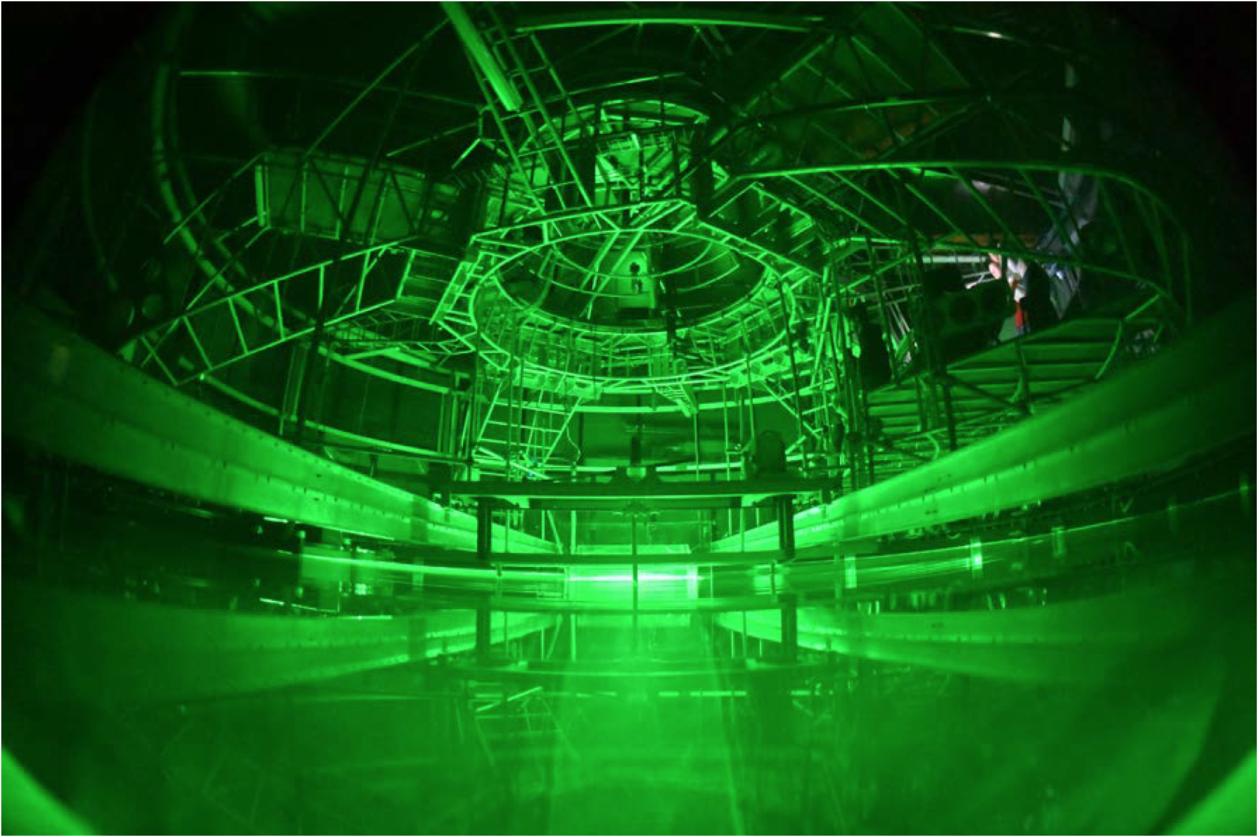 Innsiden av den roterende tanken under et av eksperimentene. Foto: S. Viboud