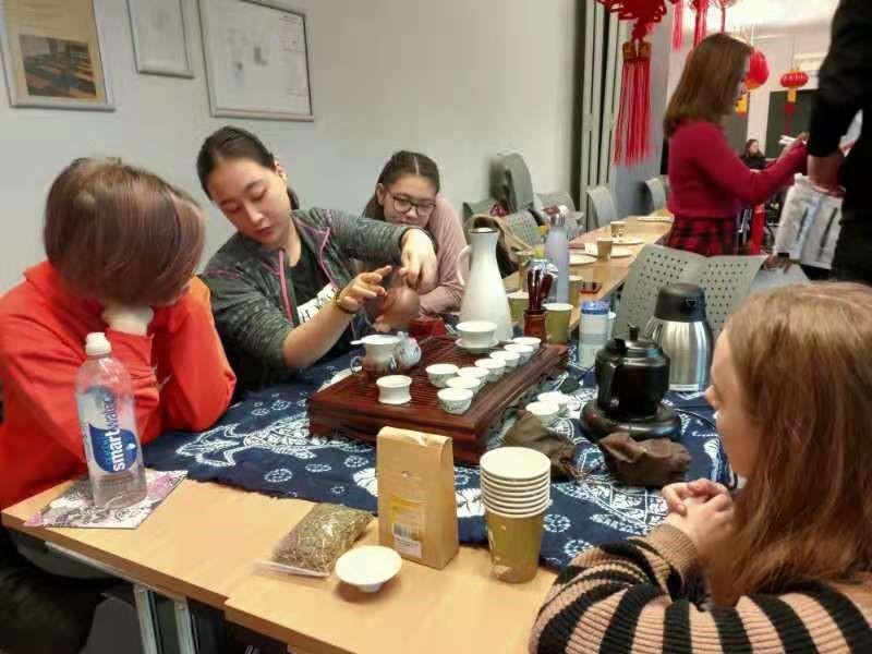 Students performing tea ceremony