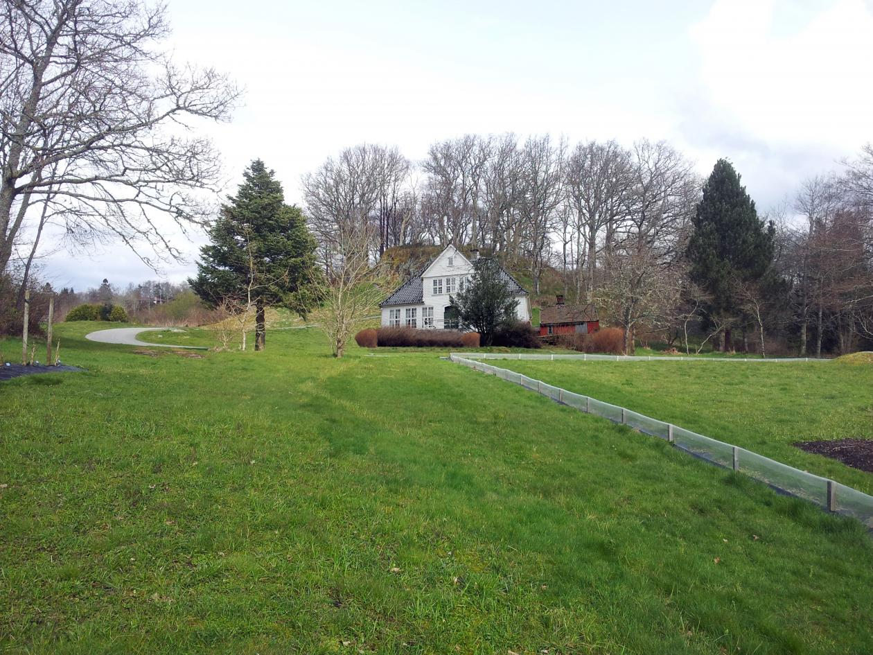Lystgården kan bli plassert ved nyttehagen i Botanisk hage.