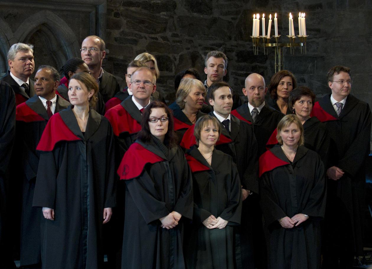 Flere kvinner enn menn tok doktorgraden i 2012