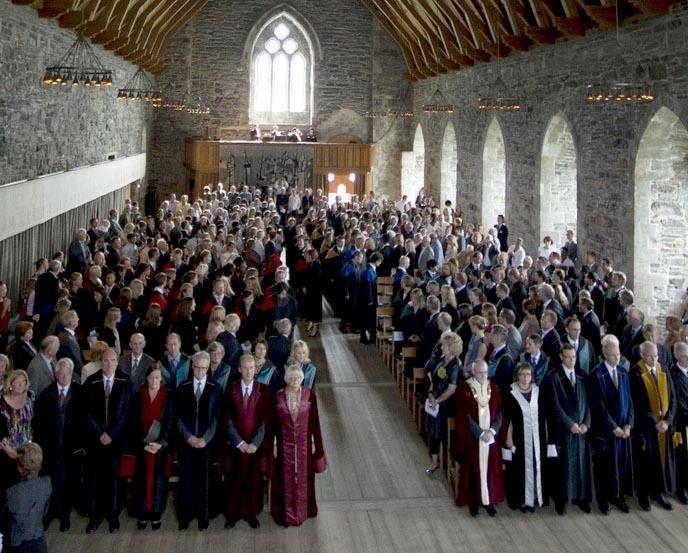 I høst skal 144 nye doktorer kreeres i Håkonshallen.
