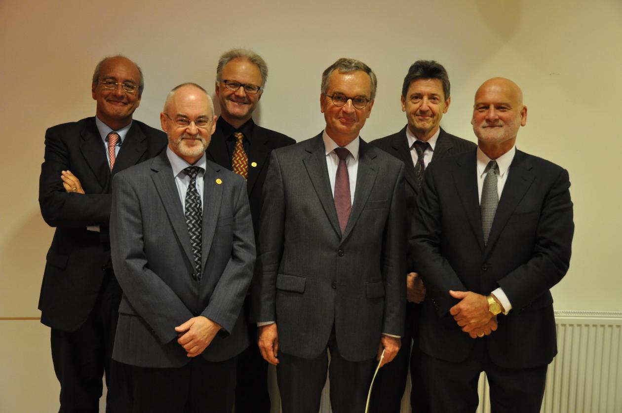 From left to right: Prof. Carmine Bianchi (Palermo), Rector Sigmund Grønmo ...