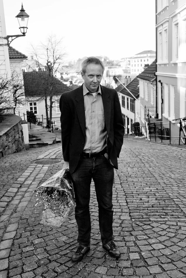 Dag Øistein Endsjø fekk Det humanistiske fakultet sin formidlingspris for 2012