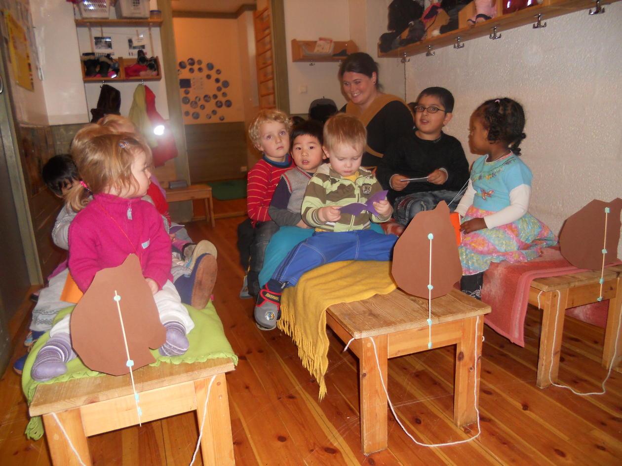 """I den internasjonale uken har barna i barnehagen """"reist"""" rundt i verden. Her..."""