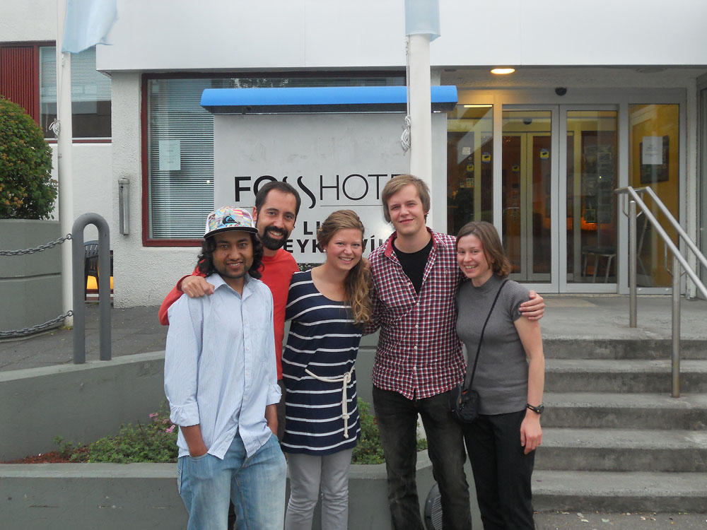 Course instructor Antonio Garcia-Moyano with students from Bergen
