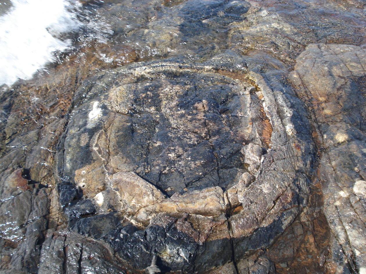 Gunflint rocks close up