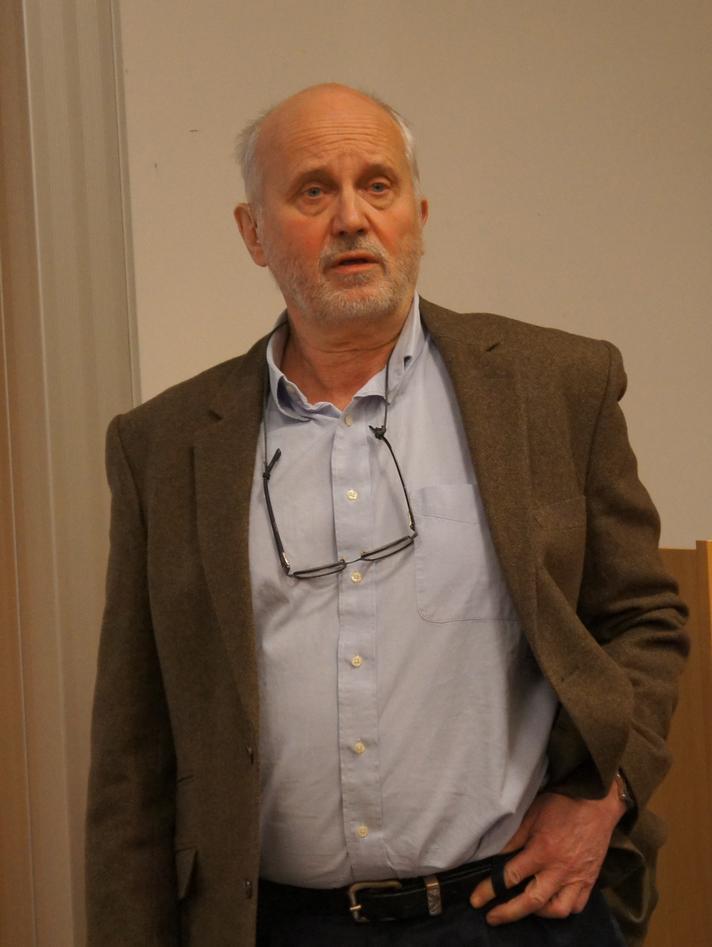 Professor Håkan Sundberg orienterte om den reviderte studieplanen.