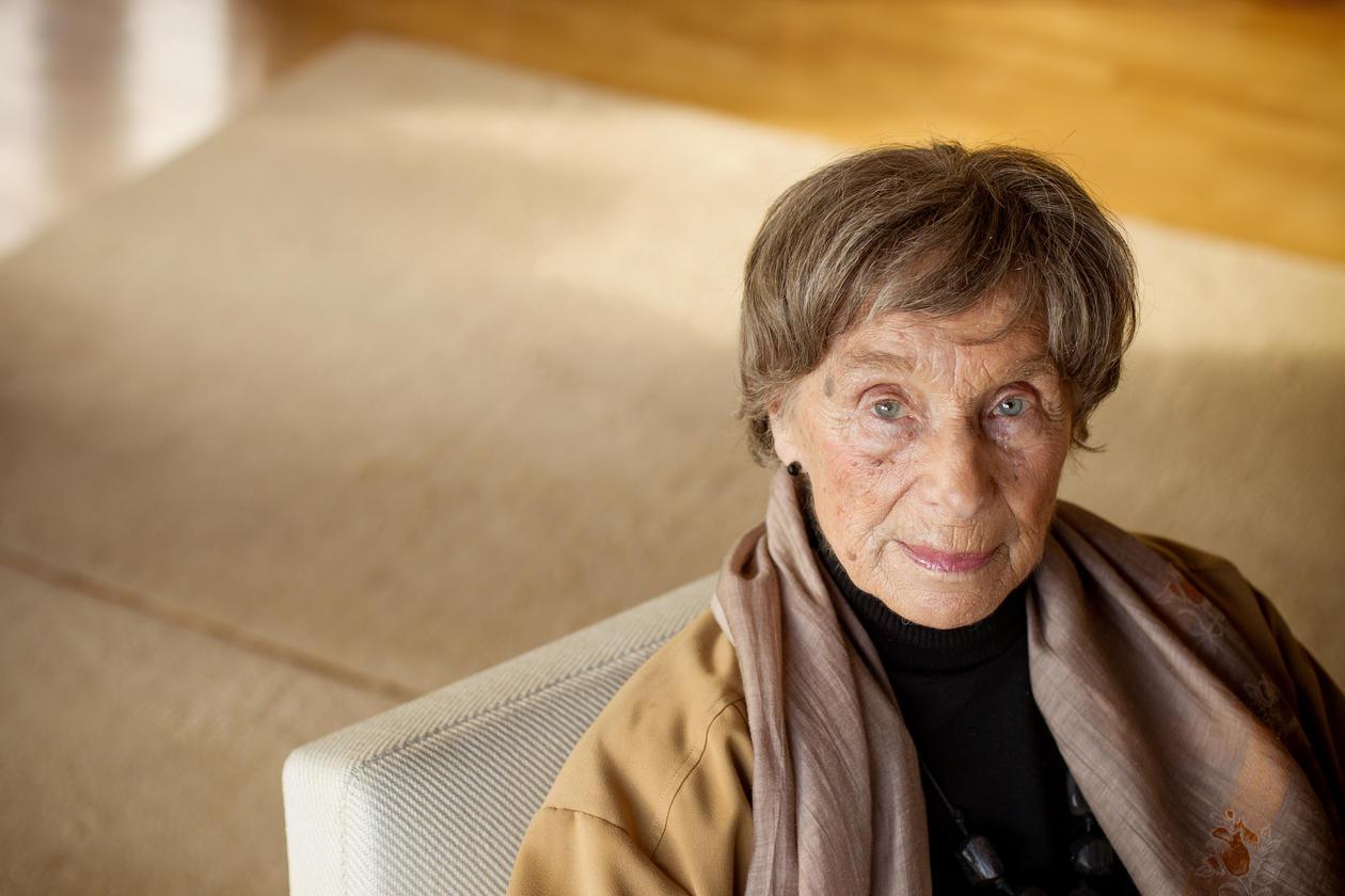 Professor emerita Ida Blom fotografert i sitt hjem våren 2013 for Hubro 01/2013.