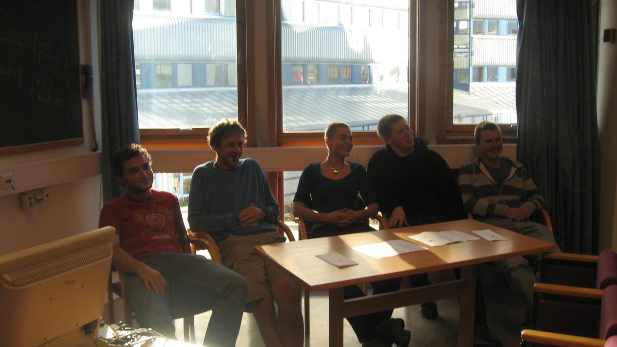 Daniel, Matthew, Anneli, Torbjørn og Martin fortalte om bachelor-studiene i...