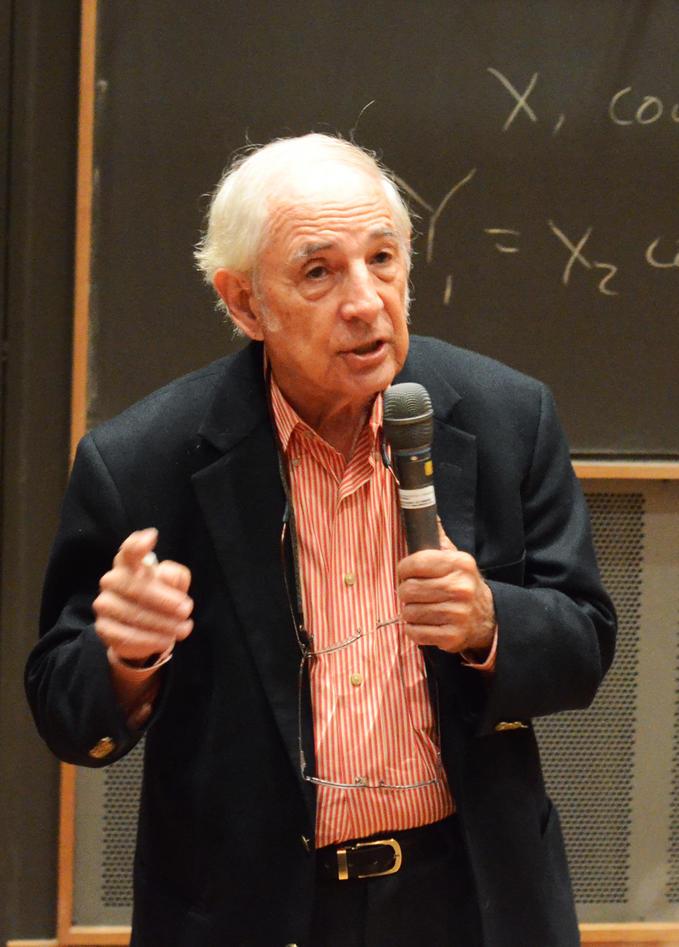 John R. Searle var invitert til UiB av Institutt for administrasjons- og...
