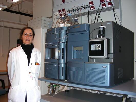 Picture 1. Ersilia Bifulco and LC-MS/MS instrumentation.