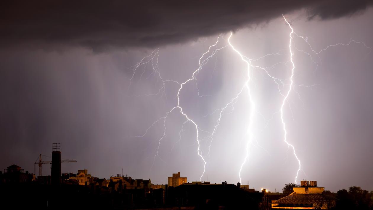 Gammaglimta er røntgen- og gammastrålar og oppstår i tordenvêr.Nikolai...
