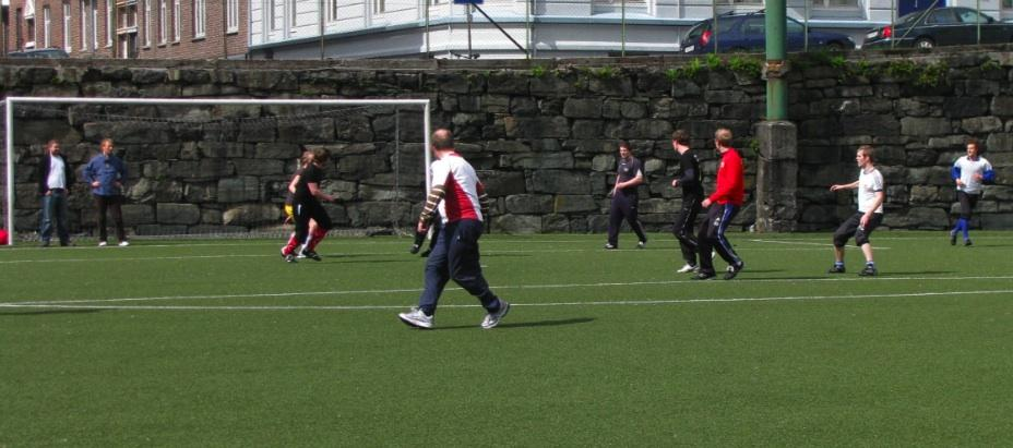 MI 60th anniversary football match: the students' team challenges the...