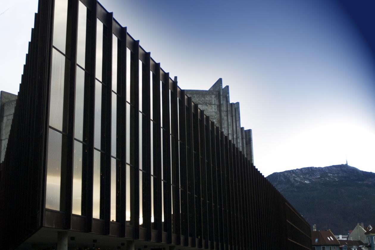 Universitetet i Bergen samarbeider med Festspillene for to uker med musikk,...
