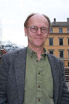 Visedekan for utdanning ved Det samfunnsvitskaplege fakultet, Olaf H. Smedal...
