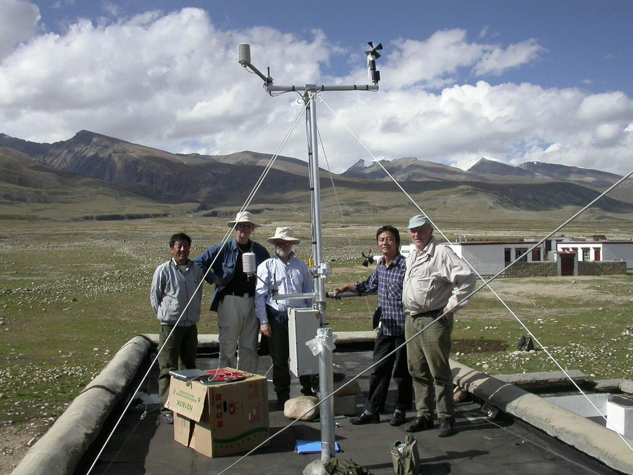Automatic Weather station raised at 4400 masl September 2005. From left to...