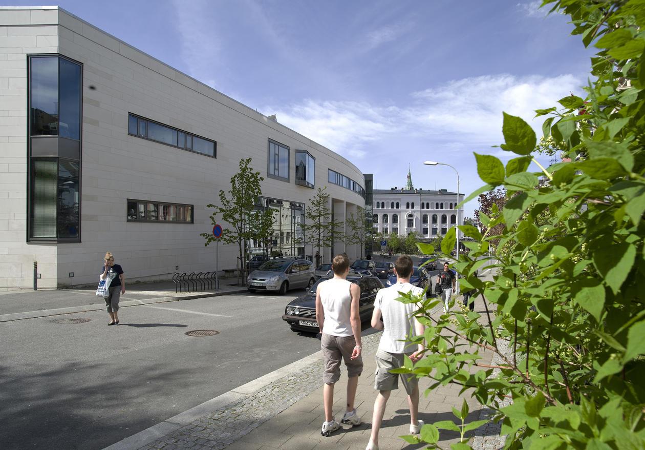 Studentsenteret sett fra Parkveien.