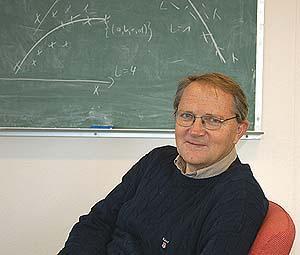 Dag Tjøstheim arbeider generelt med tidsrekker, men har ikke-lineær...
