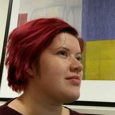 Portrettbilde av Cecilie Wian, alumn i digital kultur