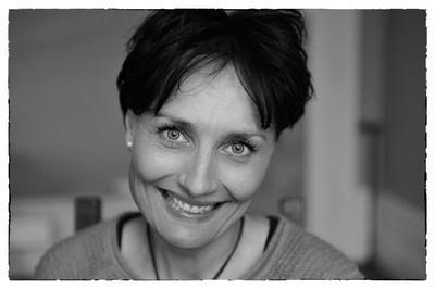 Eva Ekblom har tatt master i barnevern og jobber på krisesenter