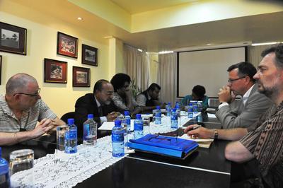 En delegasjon fra Universitetet i Bergen i samtale med ledelsen ved University of the South Pacific Vice på Fiji i november 2016.