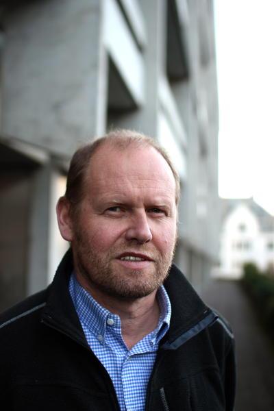 Professor Rolf-Birger Pedersen