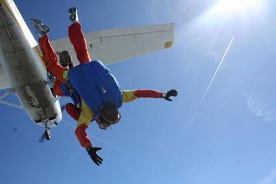 Fallskjermhoppere er impulsive og spenningssøkende.