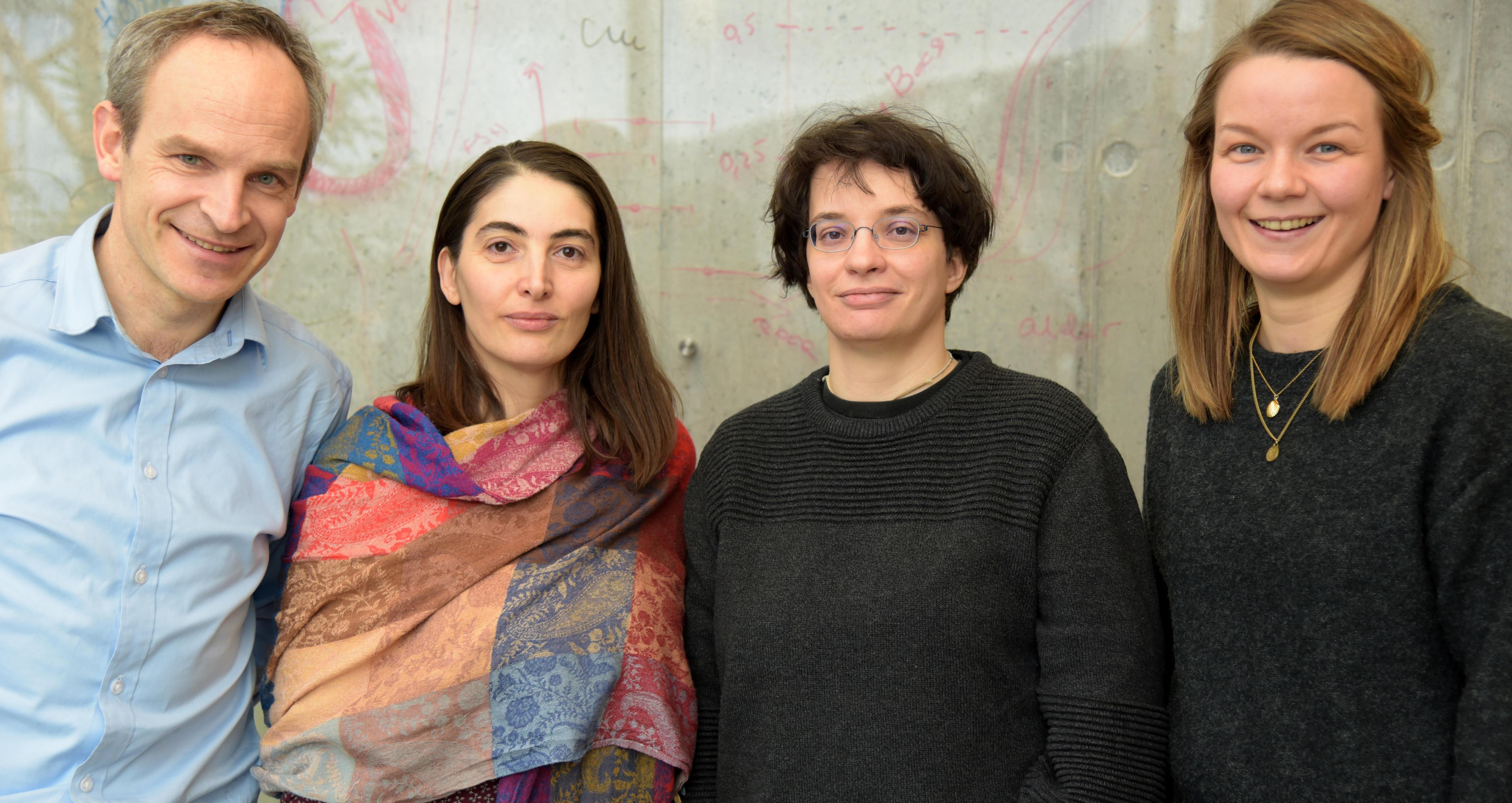 Helge Ræder og medlemmer av hans forskningsgruppe