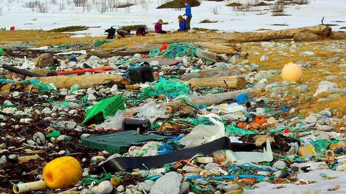Plastforurensning Rekvika 2010