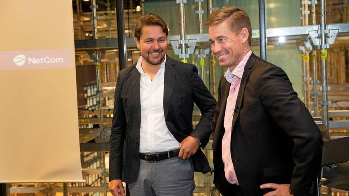 Tele2-sjef Arild Hustad (t.v.) og Netcom-sjef August Baumann