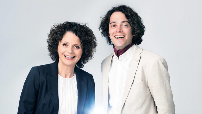 Programleder Nadia Hasnaoui og matematikkprofesoor Jan Martin Nordbotten.