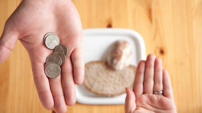 Den danske dagpengeperioden foreslås forlenget i dårlige tider etter på forhånd fastsatte regler