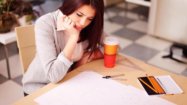 Kvinnelege studentar slit psykisk