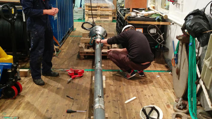 preparing the gravity corer