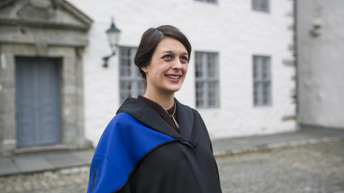 Recent PhD graduate from the University of Bergen, Ingrid Birce Müftüoglu, outside Håkonshallen, before her speech at the so-called doctor promotion at Håkonshallen on 24 January 2014.