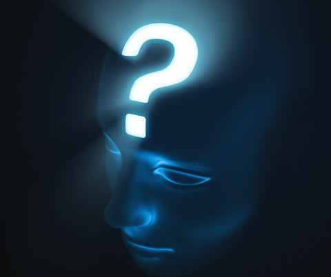 Illustrasjonsbilde hvor en ser silutten av et hode og med et lysende spørsmåltegn i pannen - alt i blånyanser