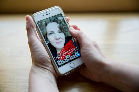 Jill Walker Rettberg making snap chat story