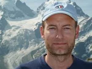 Bilde av Knut Olav Åmås tatt i de sveitsiske alpene ved Sils Maria, i Nietzsches landskap...