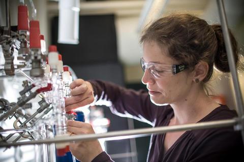 Nele Meckler på lab