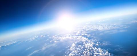Mellom himmel og jord