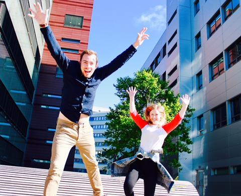 Glade studenter