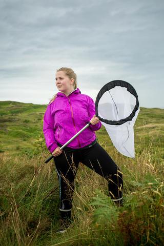 Bilde av Trine Beate Tangeraas Hansen på feltarbeid.