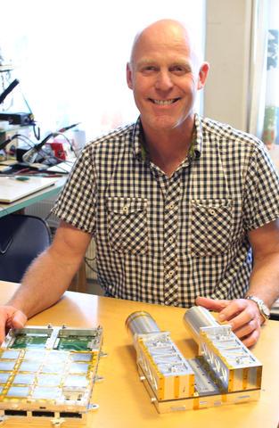 Nikolai Østgaard og Institutt for fysikk og teknologi har utviklet sin egen...