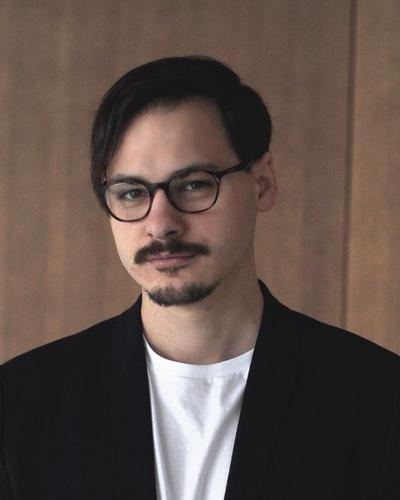 Michal Kozak's picture