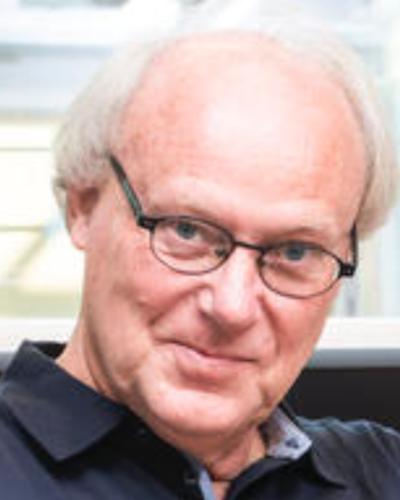 professor peter iversen