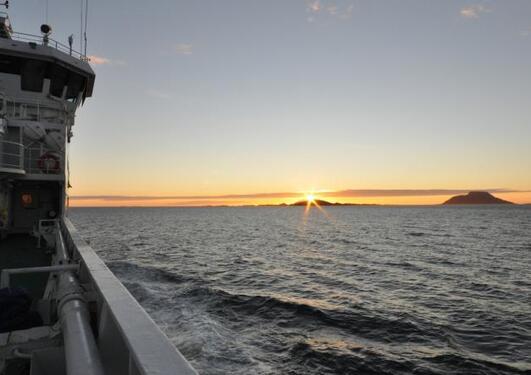 Midnattsol på forskningstokt i Norskehavet