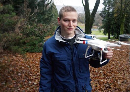 Utforsker kulturminner med drone