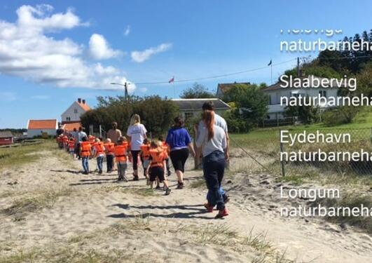 Barna på Merdø